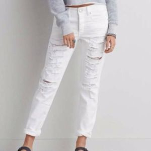 AE White Distressed Jeans